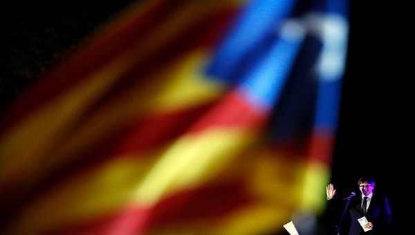 La suspensión temporal de la independencia catalana no ha sido bien vista por los sectores independentistas