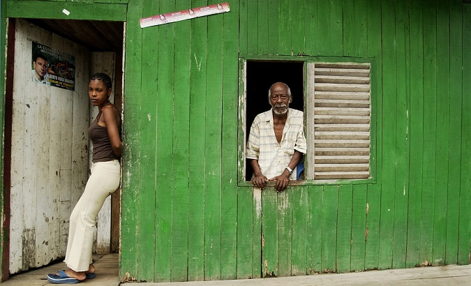 Inhabitants of the '11 de noviembre' neighborhood in Tumaco, department of Nariño, Colombia, 2007.