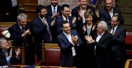 Greek Prime Minister Alexis Tsipras (Center) called a confidence motion after meeting with resistance over a name deal signed in 2018.