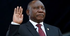 Cyril Ramaphosa takes the oath of office at his inauguration as South African president, at Loftus Versfeld stadium in Pretoria, South Africa May 25, 2019.