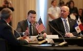 Acting U.S. Secretary of Homeland Security Kevin McAleenan next to Panama