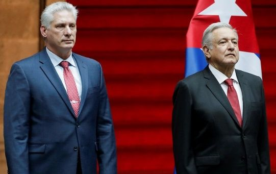 President Andres Manuel Lopez Obrador (L) and his Cuban counterpart Miguel Diaz-Canel at National Palace in Mexico City, Mexico, Oct. 17, 2019.