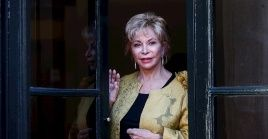 Chilean writer Isabel Allende poses for the media, before receiving Monday the Barcino Historical Novel International Prize, granted by the City Council of Barcelona
