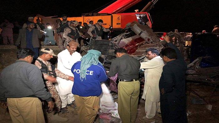 Accidente de autobús deja al menos ocho muertos en India | Noticias | teleSUR