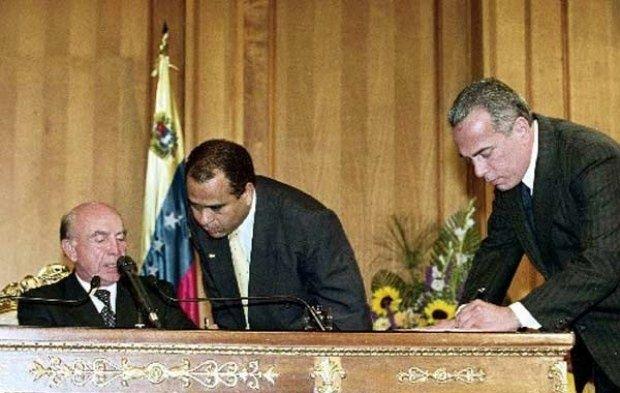 Golpe de Estado 2002 y Paro Petrolero 2003 Vtv_rosales.jpeg_600239490