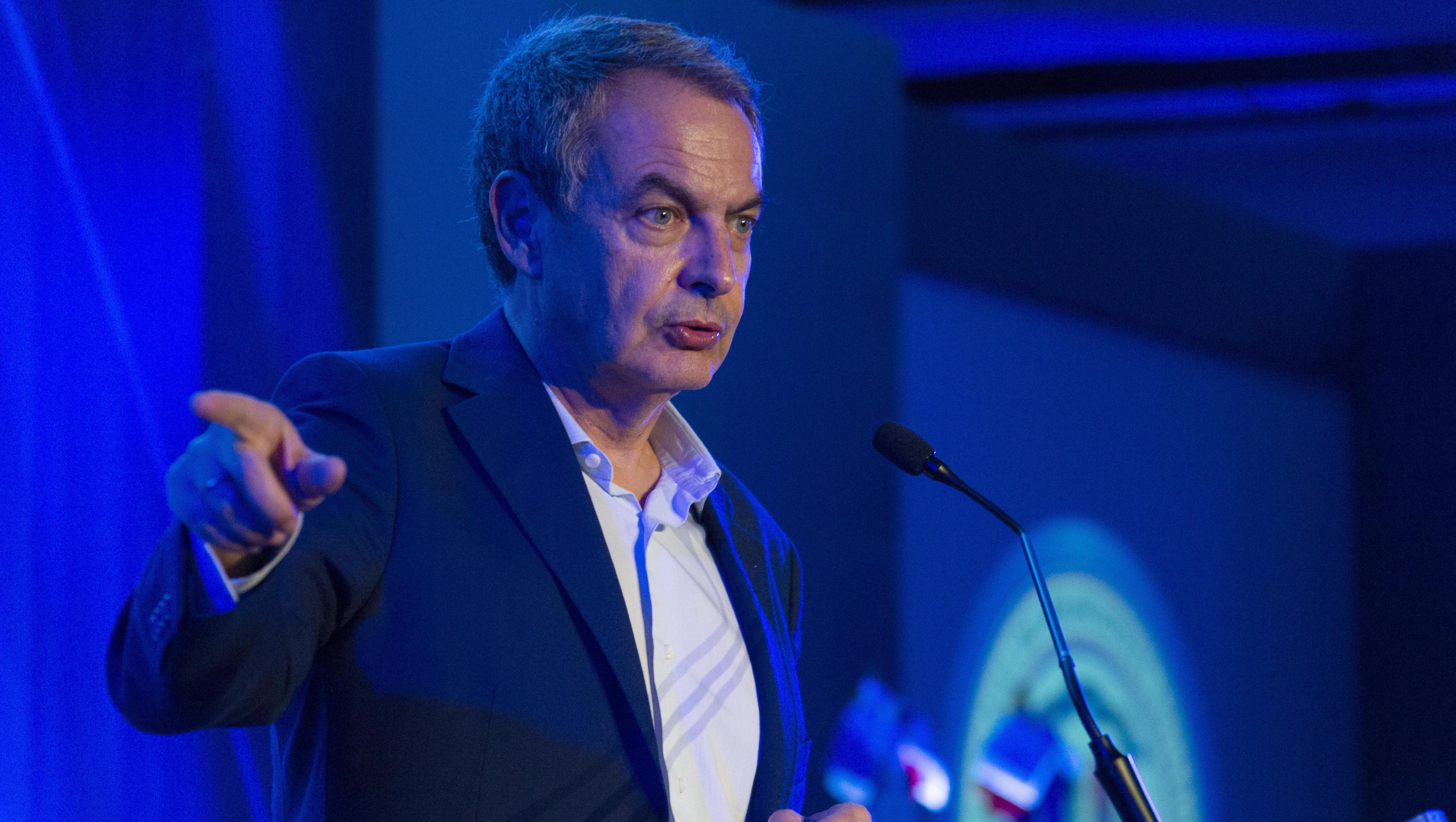 Las duras críticas a Zapatero por su papel de mediador en Venezuela